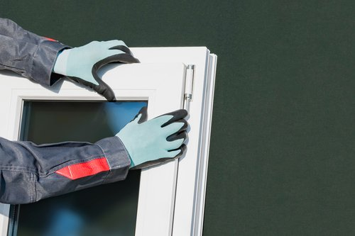 Montage eines Dreh-Kippfensters
